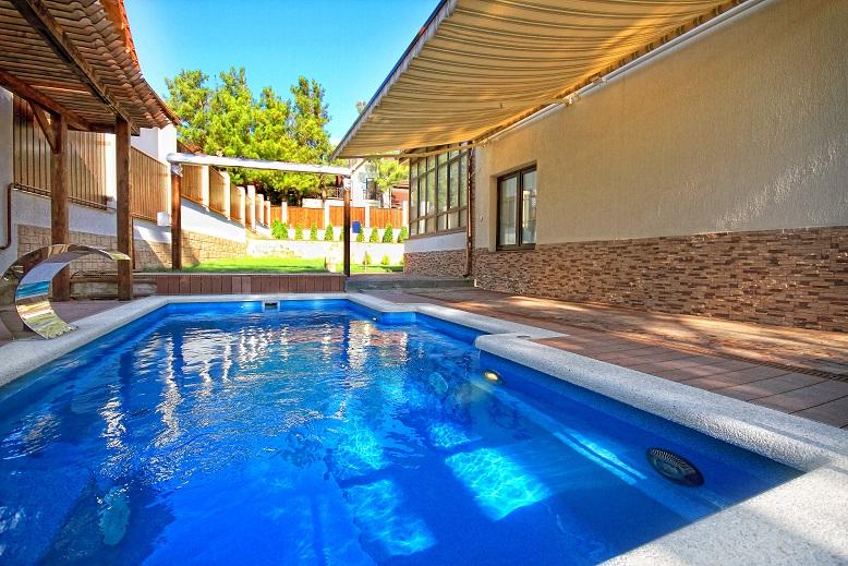 keramické bazény cena