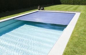 Überdachung der Schwimmbäder mit der Solarlamelle