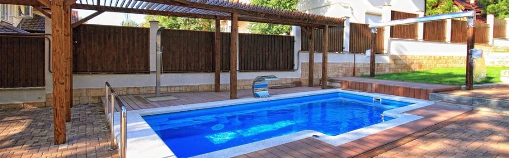 keramický bazén v záhrade Vogue